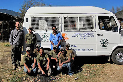 Members of HSI street dog management and rabies control program in Bhutan