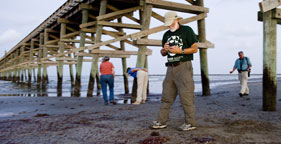 Members of The Humane Society of the United States' Oil Spill Assessment Team