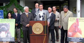 Wayne Pacelle at HSUS press conference in Louisiana